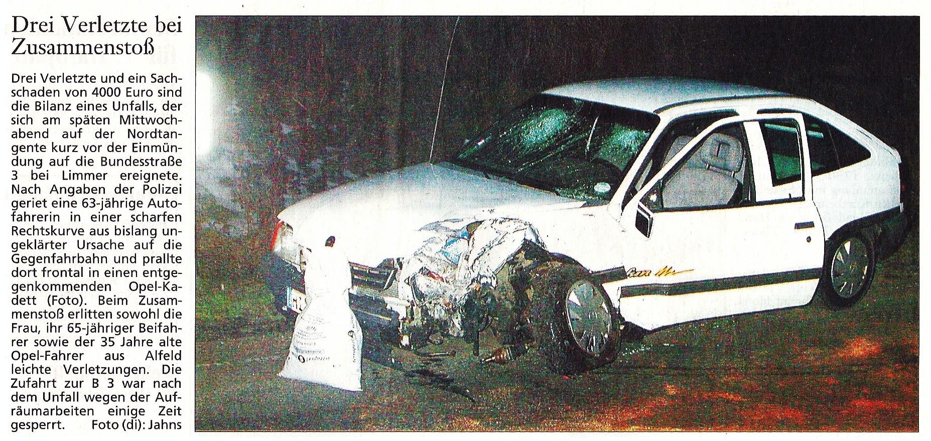 2002-01-11 Drei Verletzte bei Zusammenstoß