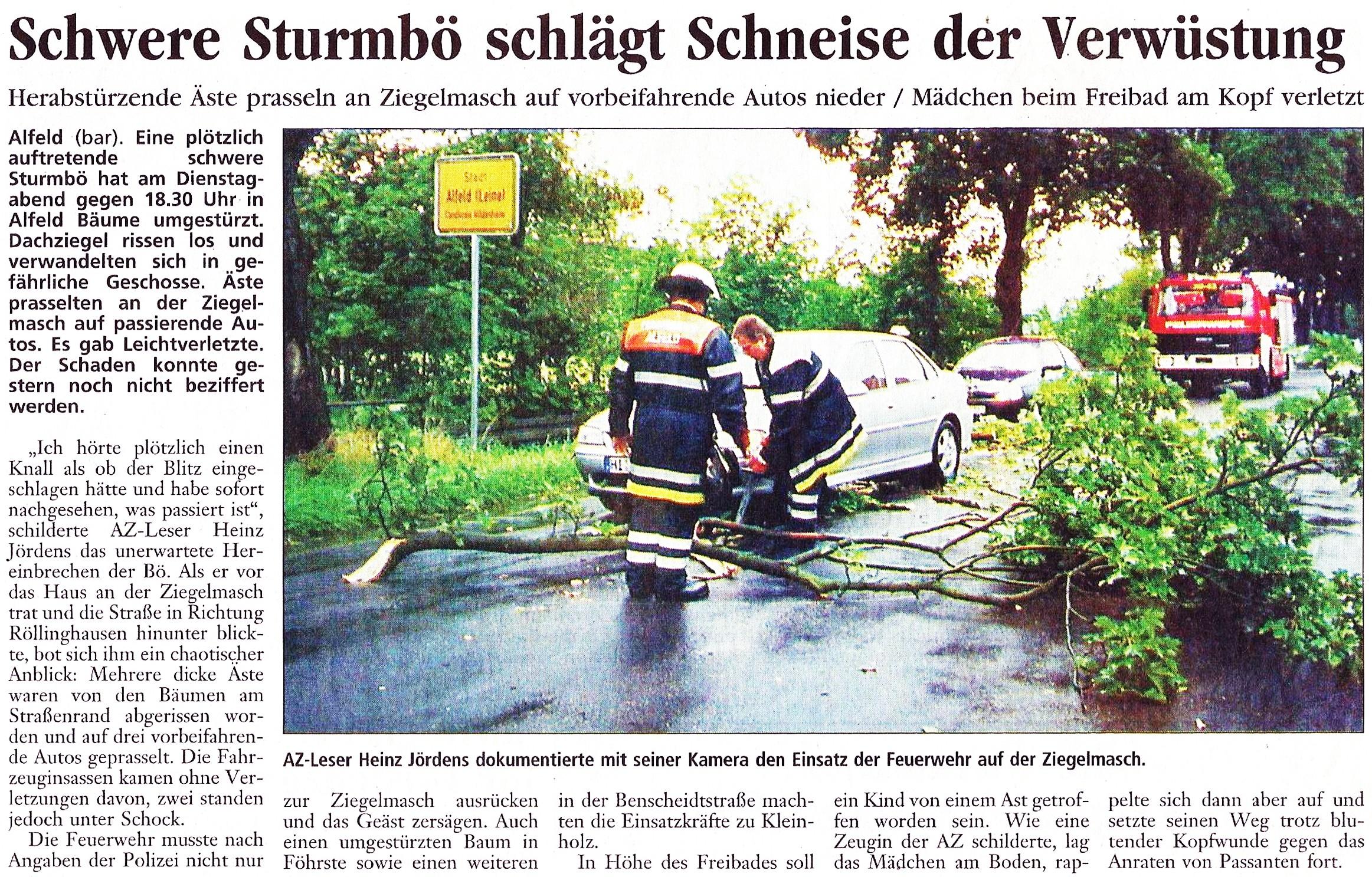 2002-08-22 Schwere Sturmbö schlägt Schneise der Verwüstung