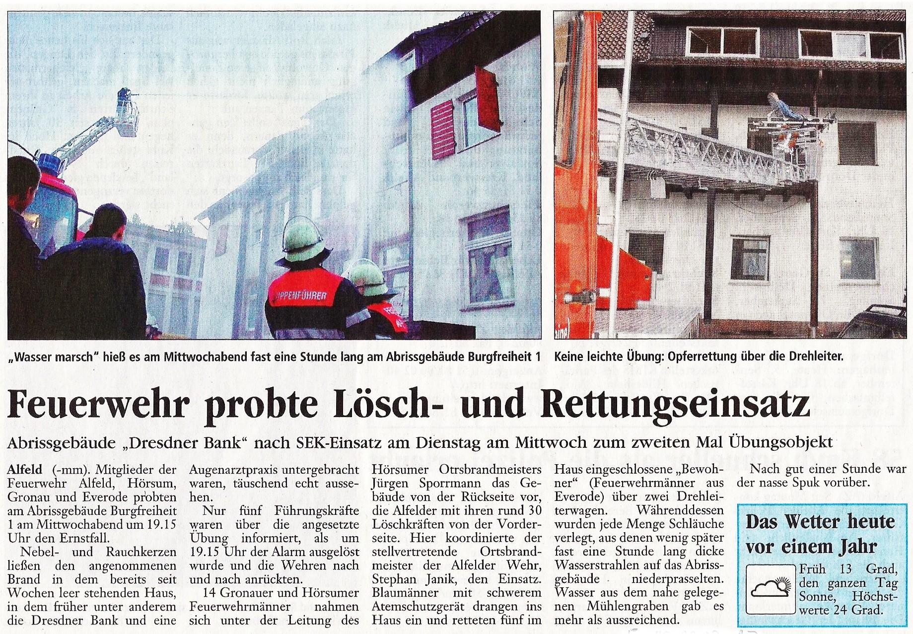 2003-09-06 Feuerwehr probte Lösch- und Rettungseinsatz