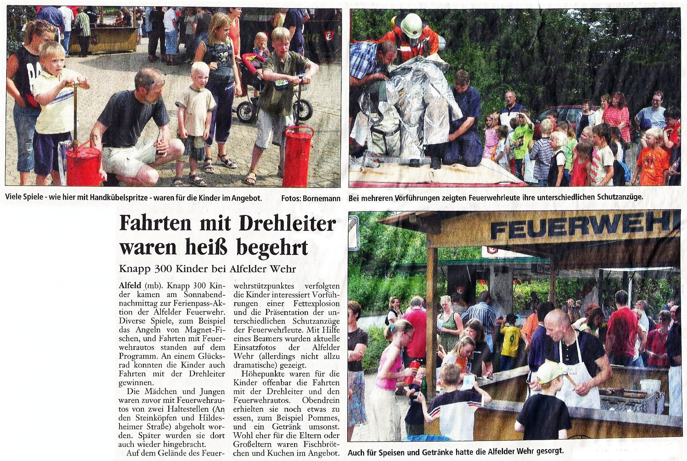 2005-07-18 Fahrten mit Drehleiter waren heiß begehrt