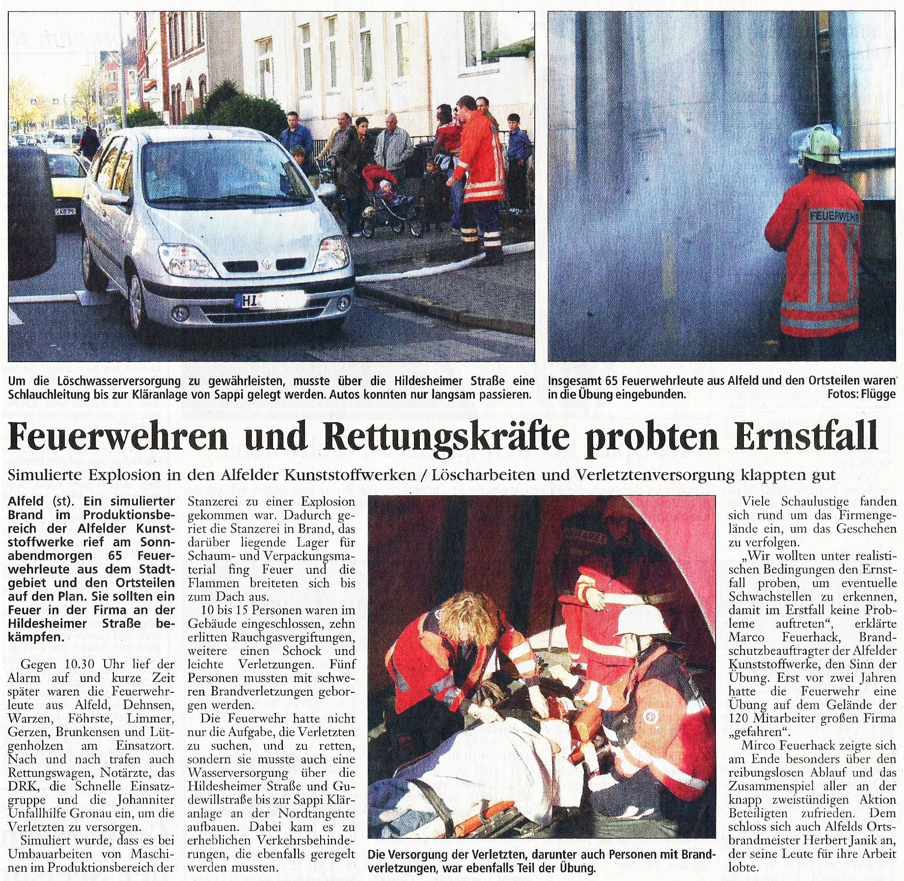 2005-10-31 Feuerwehren und Rettungskräfte probten Ernstfall