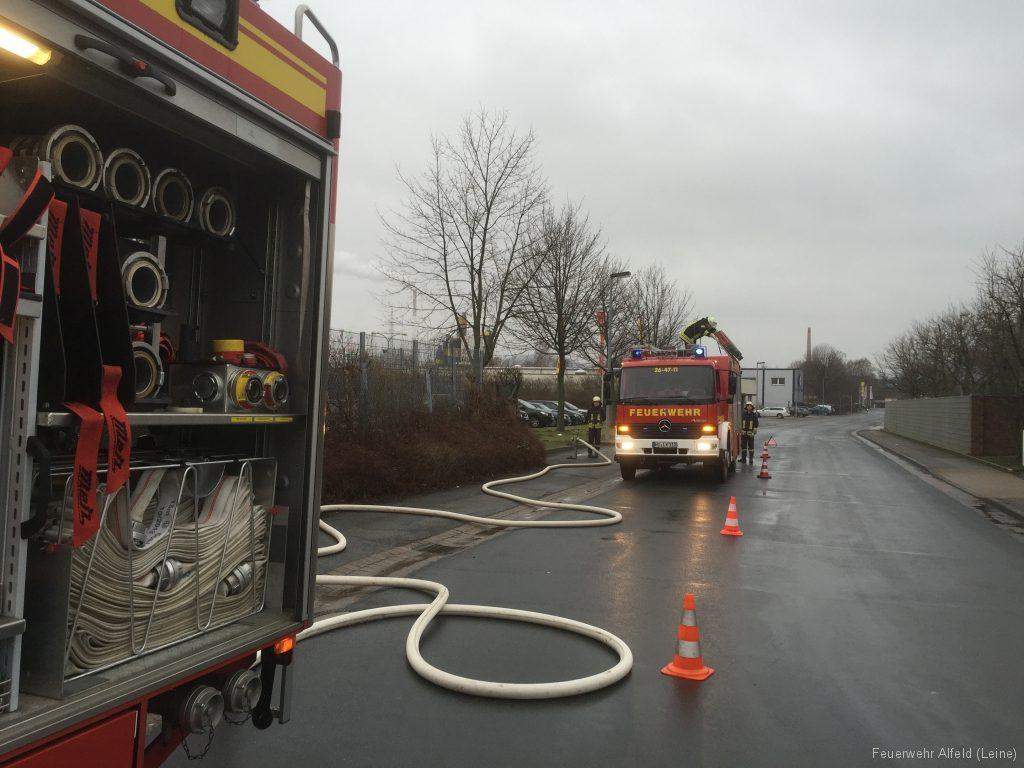 FFWA2016-02-06-14-BrandeinsatzWertstoffhof