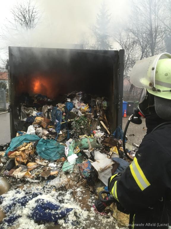 FFWA2016-02-06-41-BrandeinsatzWertstoffhof