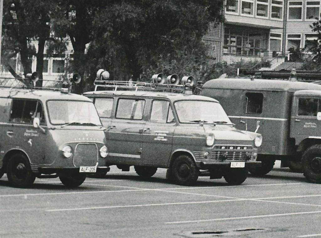 Funkkommandowagen (FuKoW) bis ca. 1979. Kennzeichen ALF-211 (Fahrzeug der Kreisfeuerwehrbereitschaft des Landkreis Alfeld)