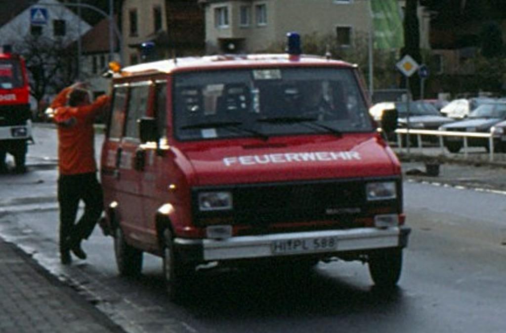 ELW 05.01.1989 bis 2001. HI-PL 588, Funkrufname: Florian Hilburg 26-60
