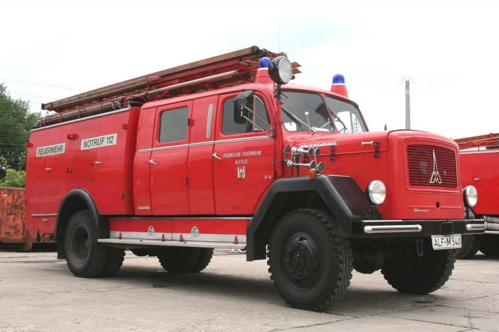 LF 16, 1963-2004, ALF-M 540, Funkrufname: Florian Hilburg 26-21. Dieser Magirus Merkur ist von der Feuerwehr Alfeld als Oldtimer erhalten worden.
