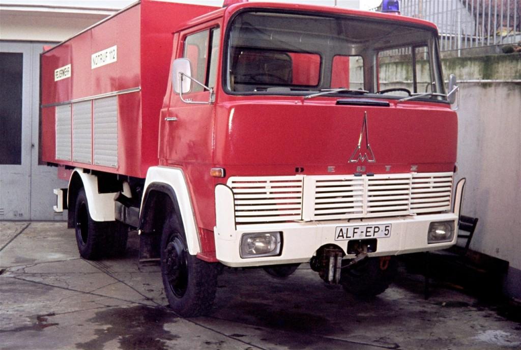 RW 1, 1976-1987, danach umgebaut zum GW Öl, 1987-2000, ALF-EP 5, Funkrufname: Florian Hilburg 26-40, Der Aufbau wurde von der Feuerwehr Alfeld selber gebaut!