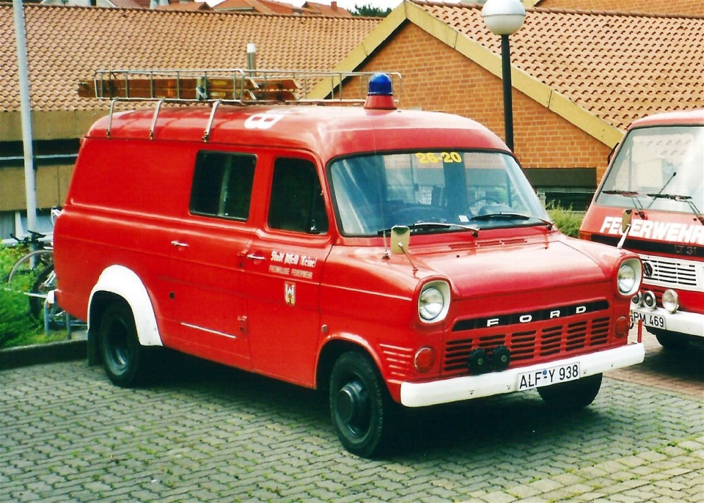 TSF, 1999-2005, ALF-Y 938, Funkrufname: Florian Hilburg 26-20. Dieses TSF wurde von der Ortsfeuerwehr Wispenstein übernommen